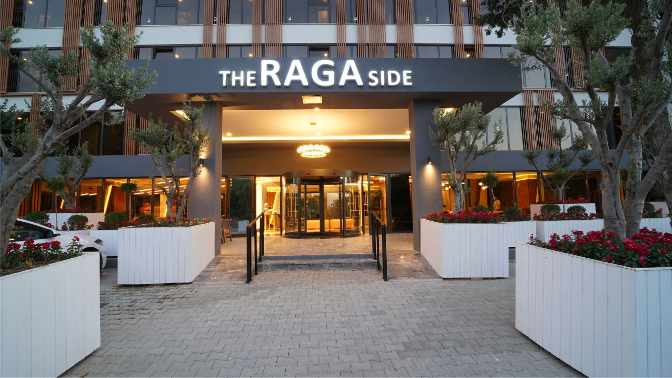 the raga side hotel